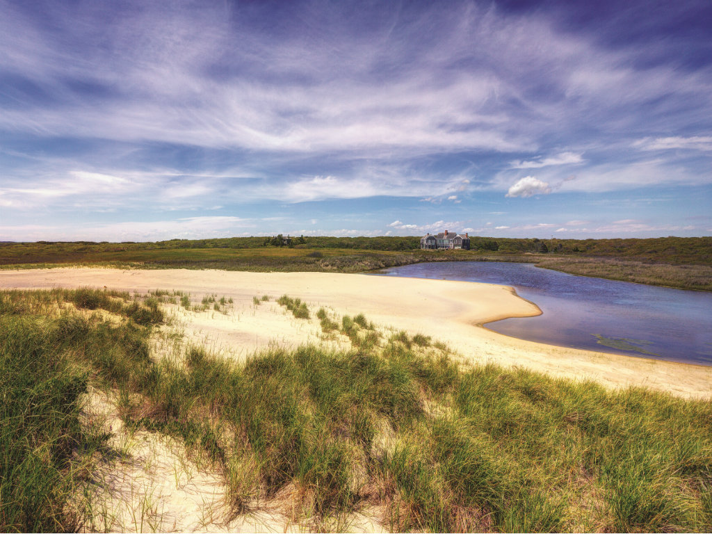 Located along the southern shore of Martha's Vineyard, Homer's Pond is an extremely private retreat that offers something truly remarkable: an...