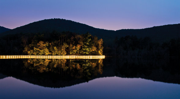 Nestled at more than 2,500 feet above sea level, Falling Waters offers unmatched privacy yet sits just an hour outside of Atlanta in North Georgia's gold country.