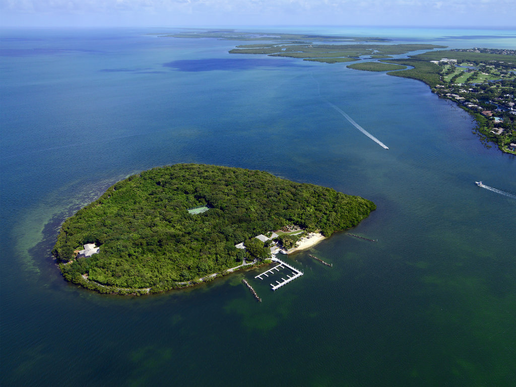 Located between Key Largo and the mainland in the Florida Keys, Pumpkin Key is a 26-acre private island retreat that offers privacy without...