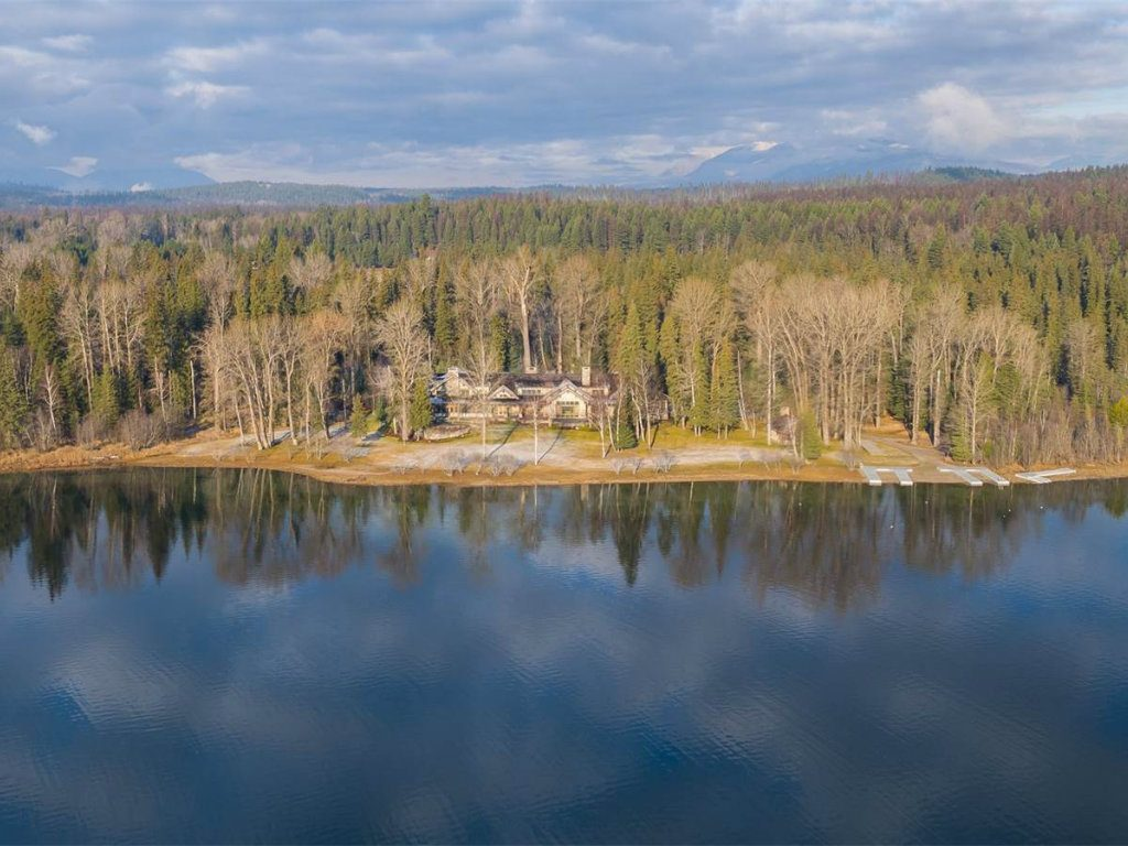 Fidelity National Financial's Bill Foley Lists Whitefish Lake Compound The Wall Street Journal reports that the Fidelity National Financial...
