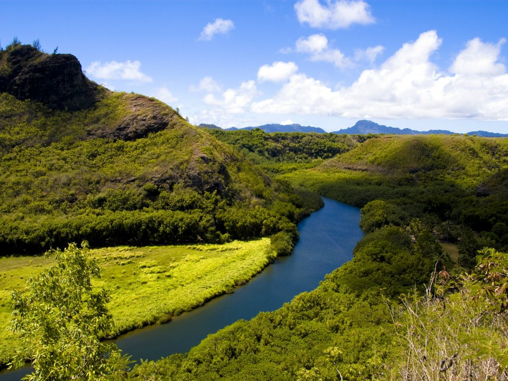 While attempting to clean up the title on parcels within his 700-acre Kauai estate, Mark Zuckerberg ran into a public relations buzz saw....