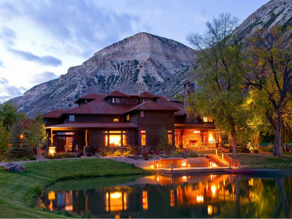Former Days Inn Hotels CEO Richard Kessler has sold his exquisite ranch resort west of Glenwood Springs to CheckFree founder Peter Kight. Numerous...