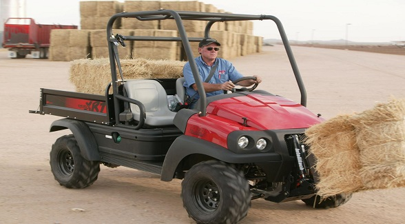 Club Car XRT 1550 with IntelliTach quick-change attachment system.